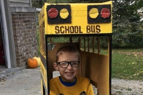 Grandfather builds Halloween costume for 5-year-old who uses wheelchair