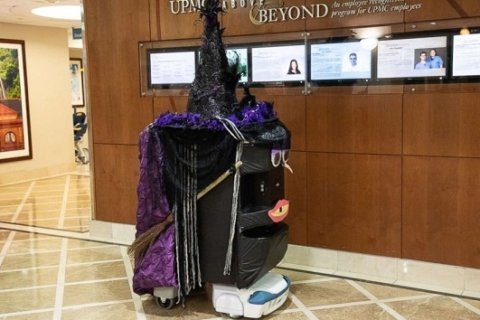 Halloween robots bring joy to patients and their families at PA hospital