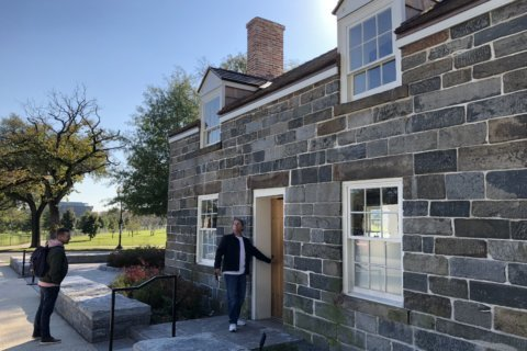 Oldest building on National Mall opens after renovation