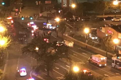6 transported, drugstore building struck in series of Northeast DC crashes