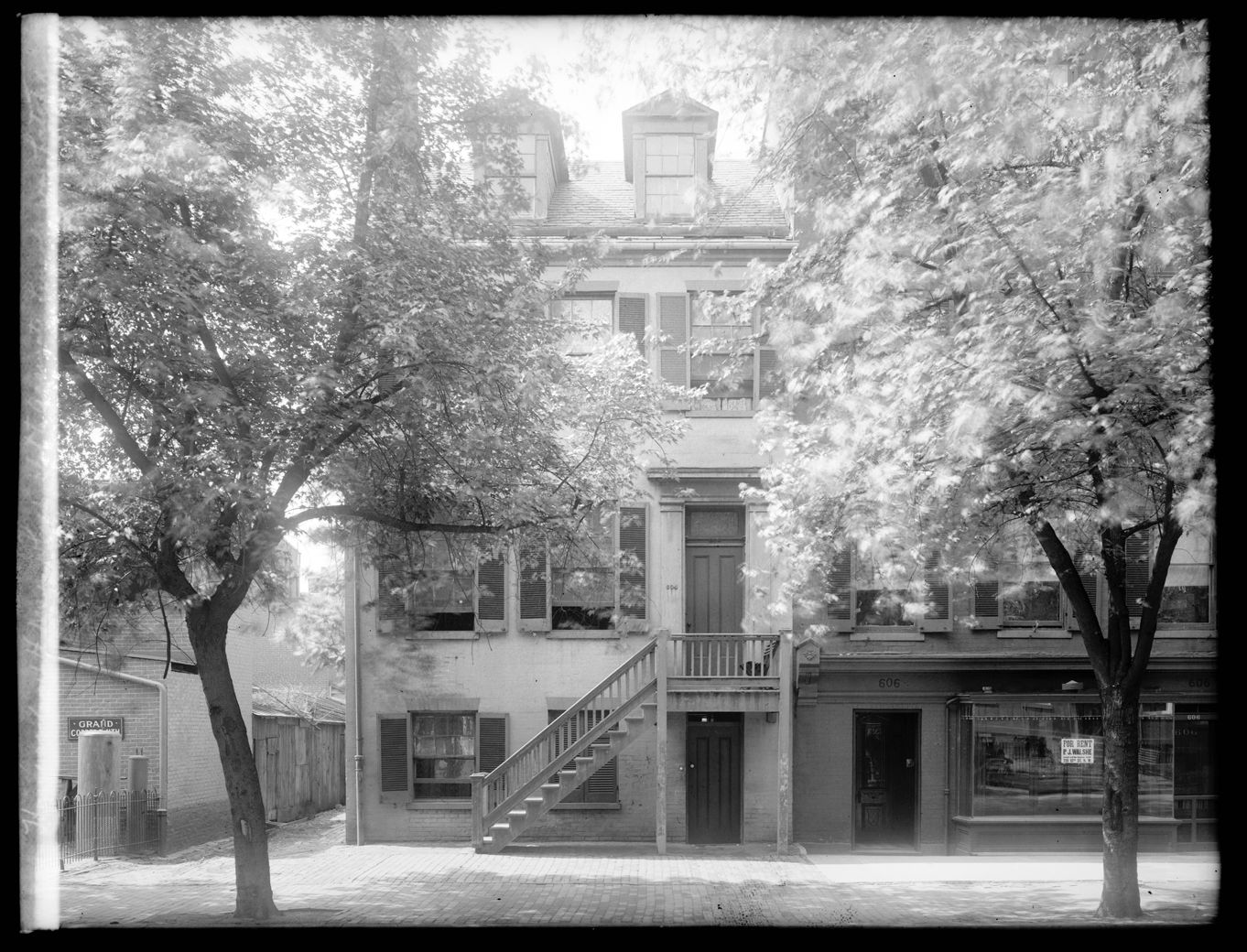 The Surratt House between 1910 and 1926 where it's believed the plot to assassinate Lincoln was hatched. (Courtesy Library of Congress)