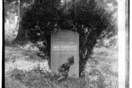 Lincoln assassination conspirator Mary Surratt's grave circa 1918. (Courtesy Library of Congress)