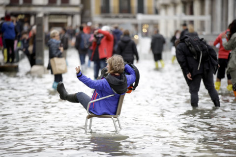 Venice floodwaters ease after major flooding