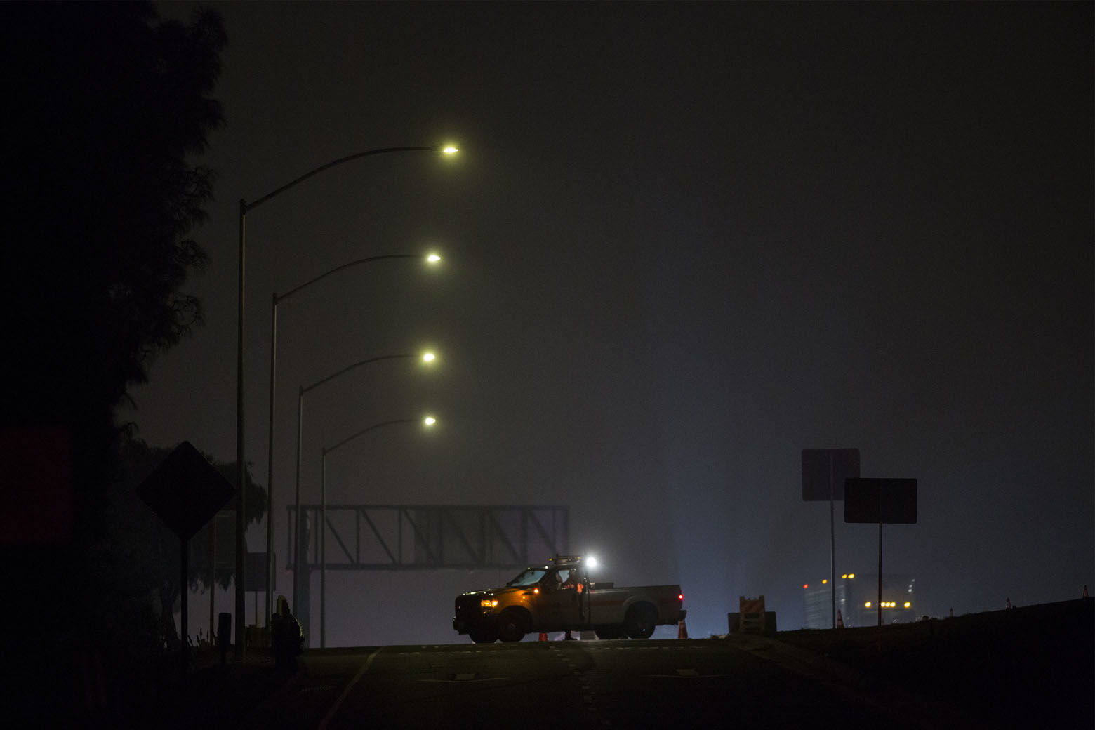 THOUSAND OAKS, CA - NOVEMBER 08: A truck is parked on the freeway off-ramp from the 101, near the Borderline Bar and Grill, the scene of a mass shooting, is closed on November 8, 2018 in Thousand Oaks, California. At least twelve people have died, including a Ventura County Sheriffs Department sergeant, plus the gunman.  (Photo by David McNew/Getty Images)