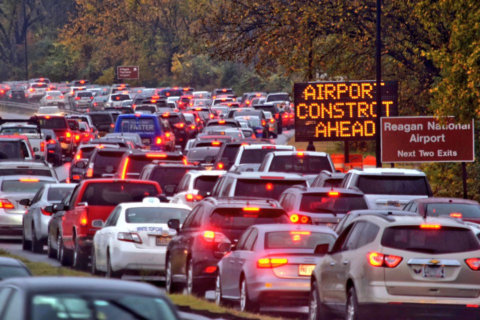 Rainstorms, closed Metro stops lead to traffic chaos near Reagan National
