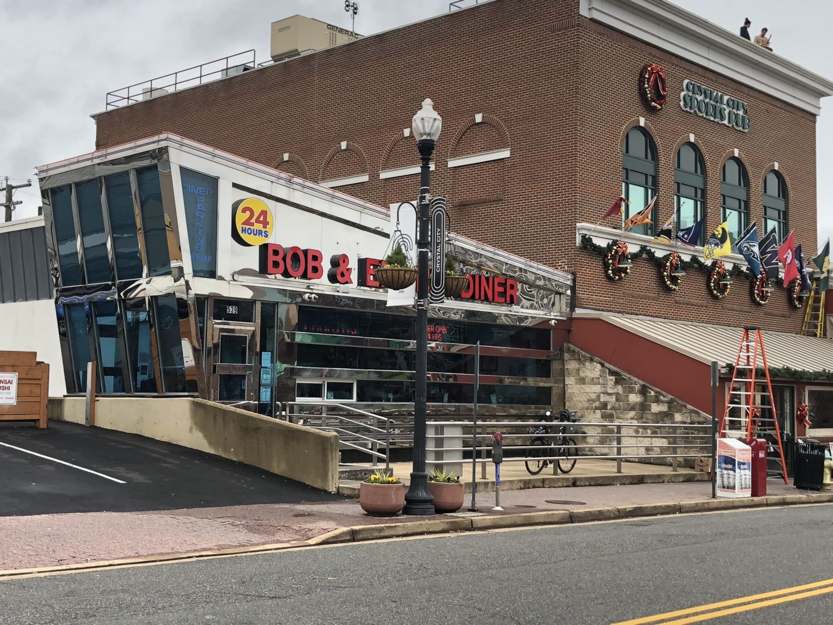 Bob & Edith's Diner is looking forward to more customers. (WTOP/Melissa Howell)