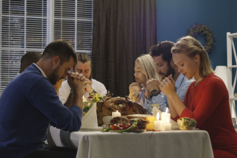 Thanksgiving anxiety disorder: How to beat it