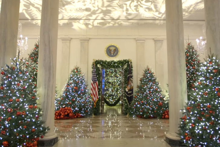 the theme of this years decorations is american treasures christmas at the