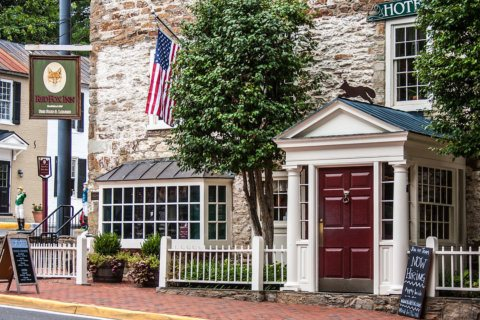 20 fall road trips within driving distance of DC
