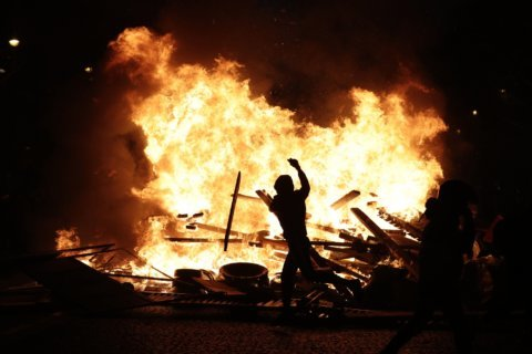 France considers 'all options' to quell violent protests