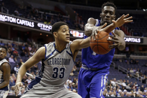 Akinjo, Hoyas hold off Campbell's red-hot Clemons, 93-85