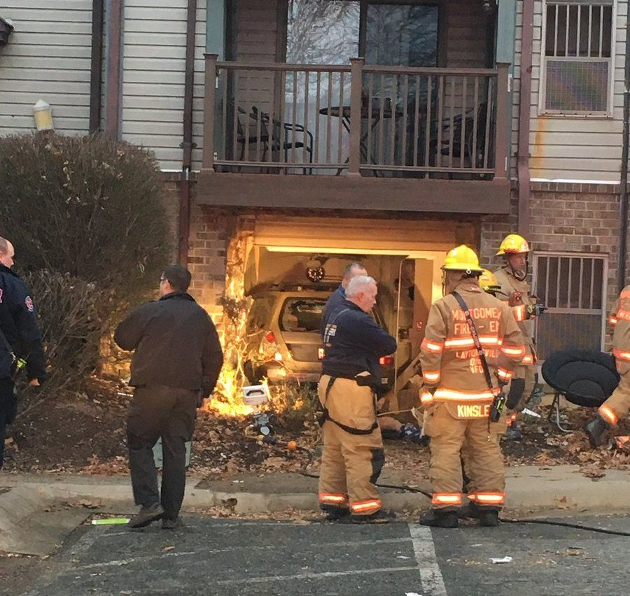 3 Hurt As Car Drives Into Apartment Building In Montgomery