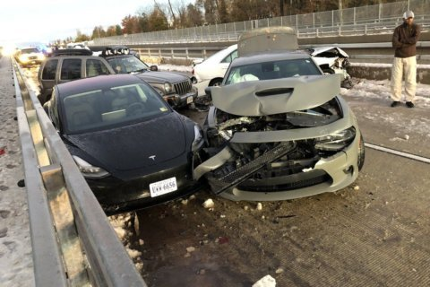 Traff-ick: Slick, slippery roads hampered DC-area commute