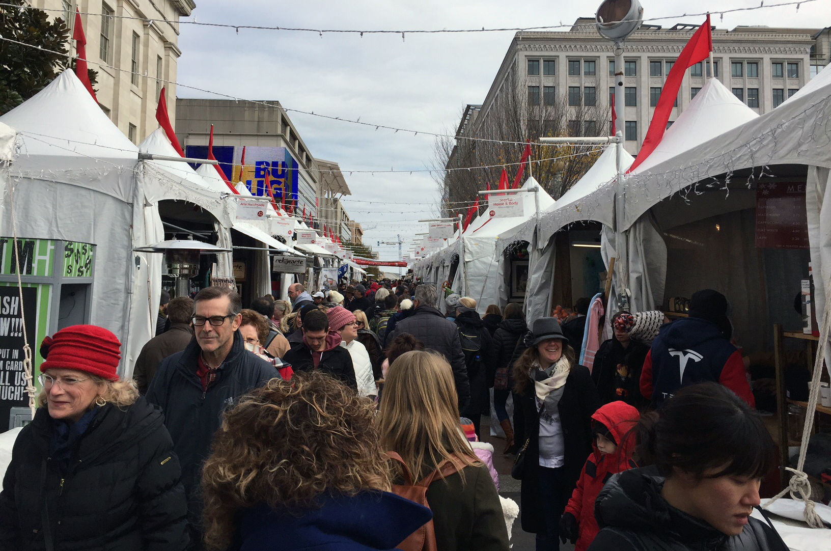 The Downtown Holiday Market is back for 2018. (WTOP/Michelle Murillo)