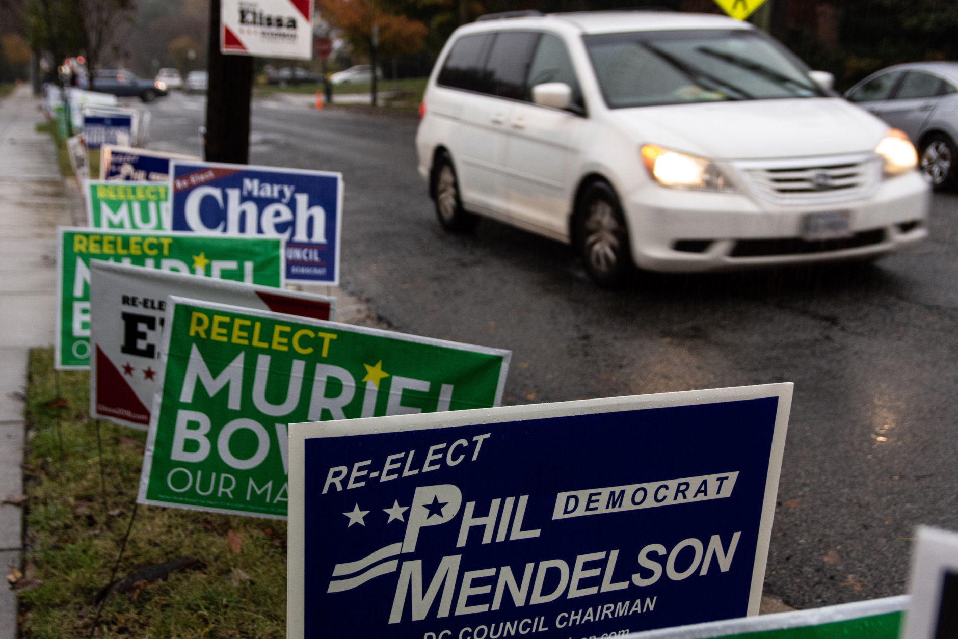 You'll know you're close to a polling location when there's a sudden uptick in the number of campaign signs in one area. (WTOP/Alejandro Alvarez)