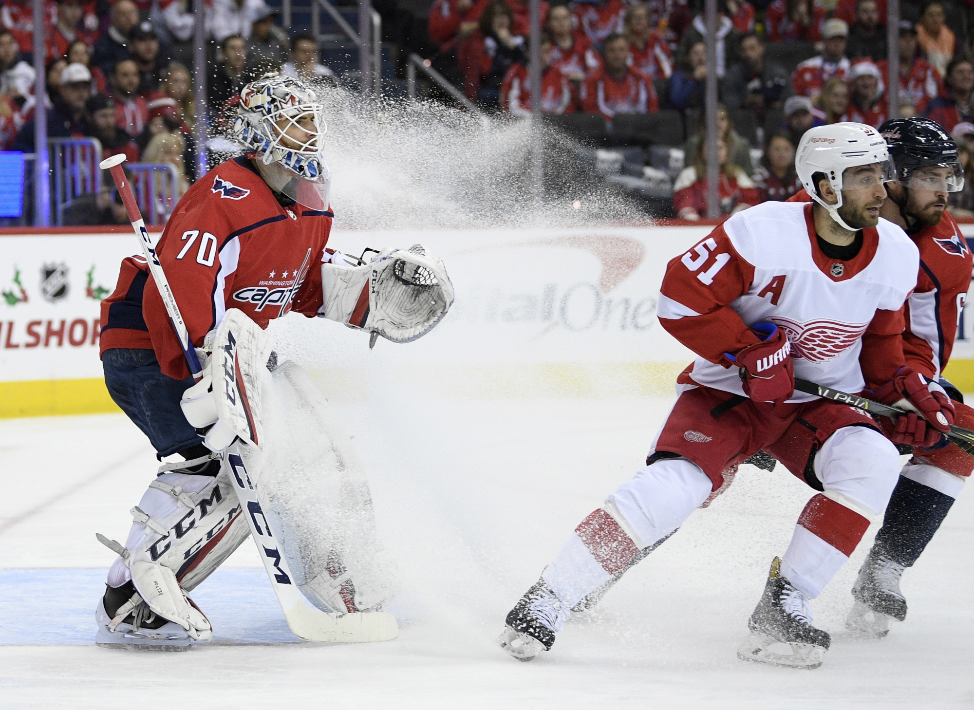 Ovechkin leads Capitals past Red Wings 3-1  724df0ae9
