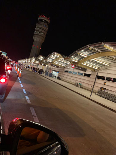 Heading home: Travelers hit traffic snags accessing Reagan