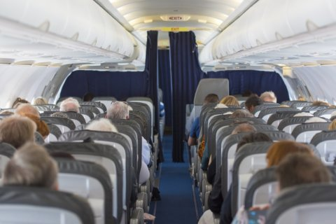 People with food allergies now able to board early, clean seats on American