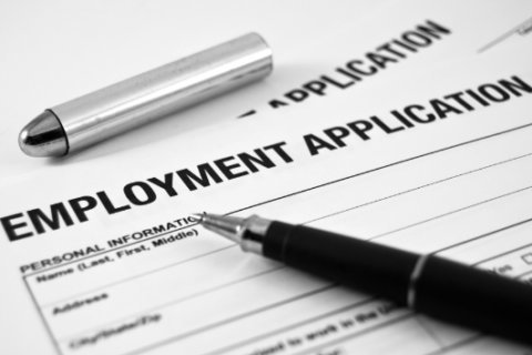 Maryland unemployment rate falls