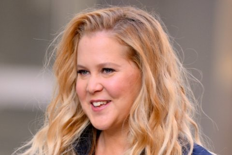 Amy Schumer launching new clothing line next month