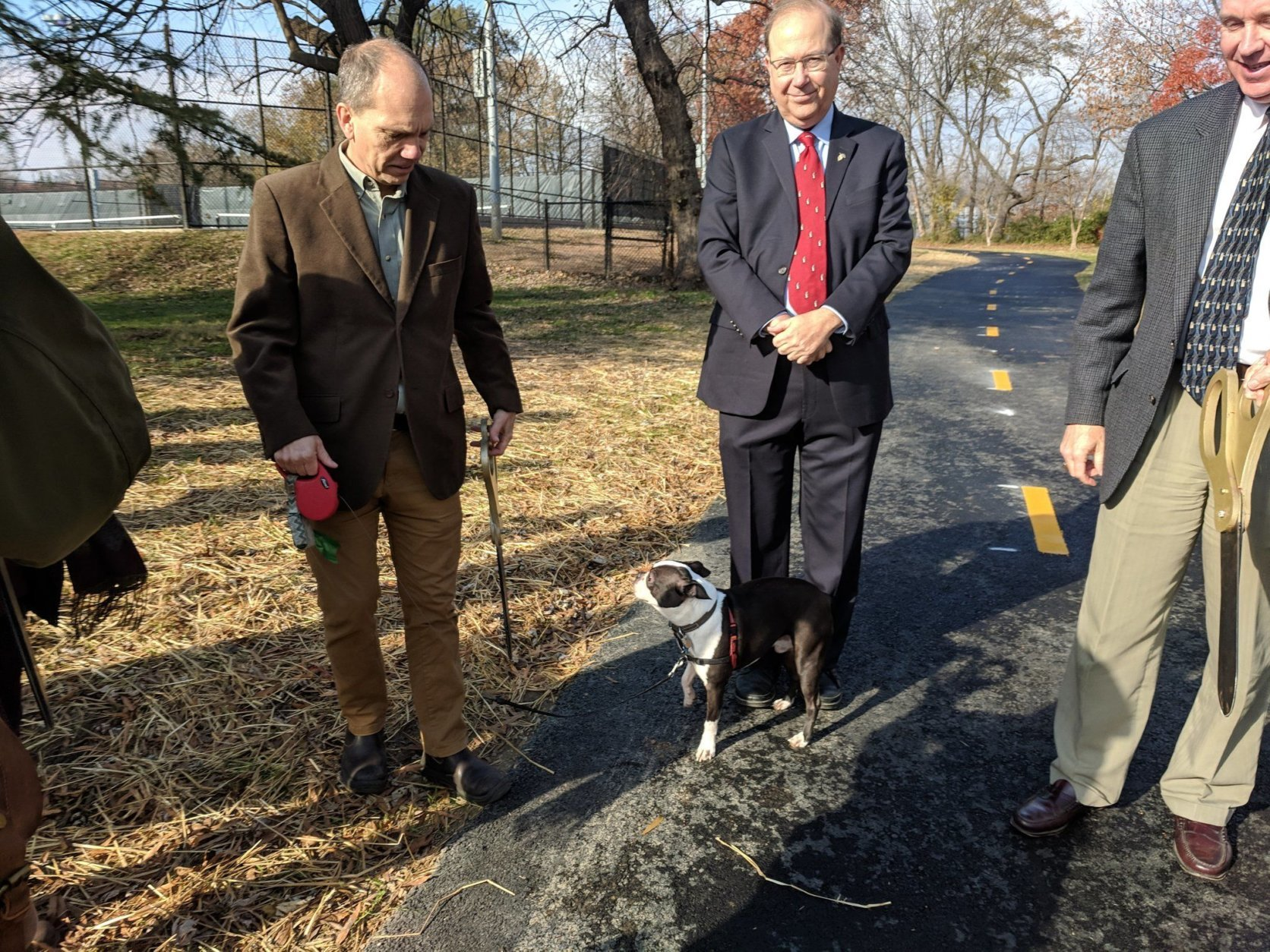 The 10-foot-wide trail along the west side of Washington Boulevard in the Penrose neighborhood links with the project's first phase, which opened in 2009, between Arlington Boulevard and South Walter Reed Drive. (Courtesy Arlington Department of Environmental Services)