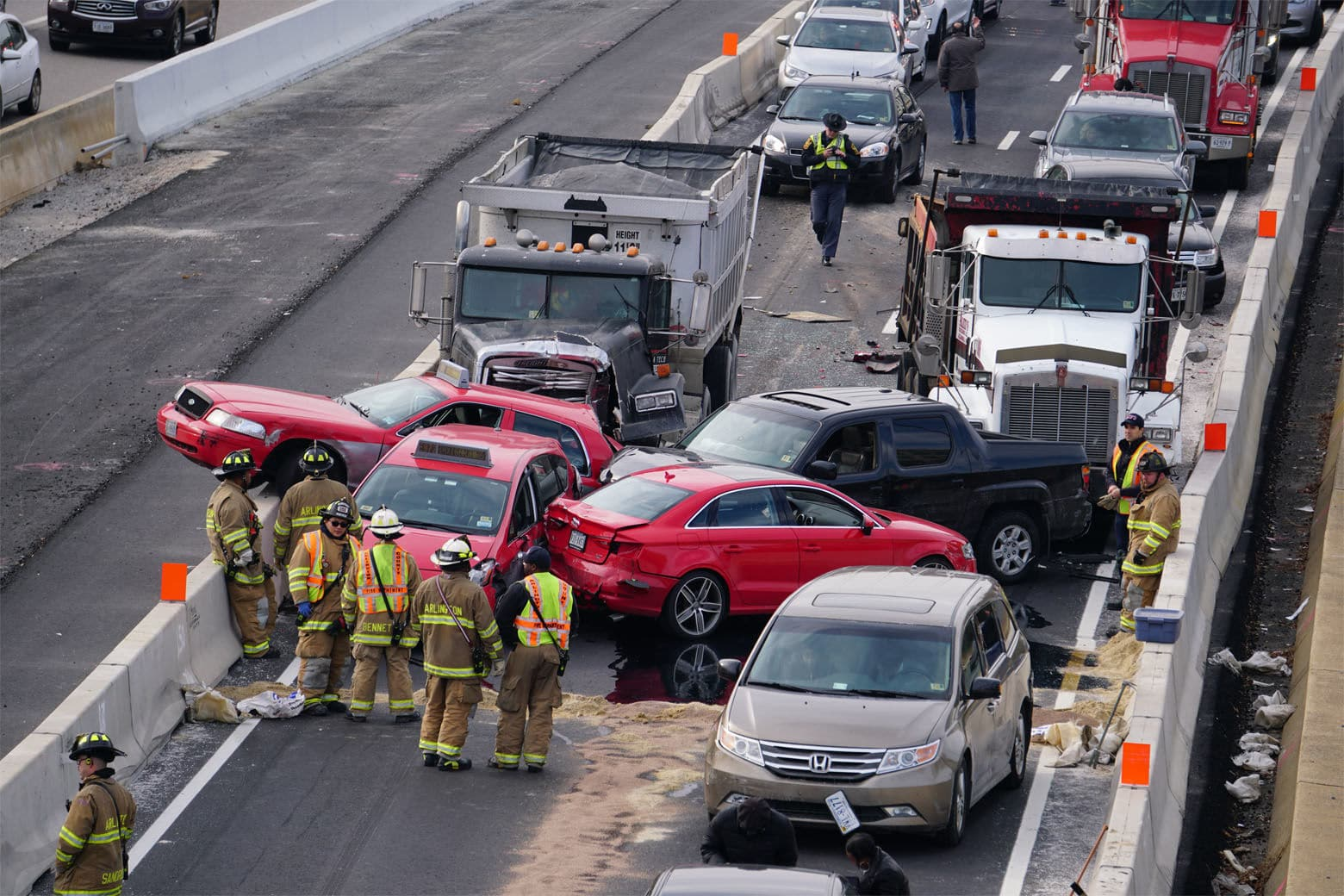 Crews in Arlington County are handling a crash that involves two taxis and a dump truck and several other vehicles in the High Occupancy Vehicle lanes of Interstate 395 in Shirlington, Virginia. (Courtesy Thomas Philibin/Live Wire Media Relations)