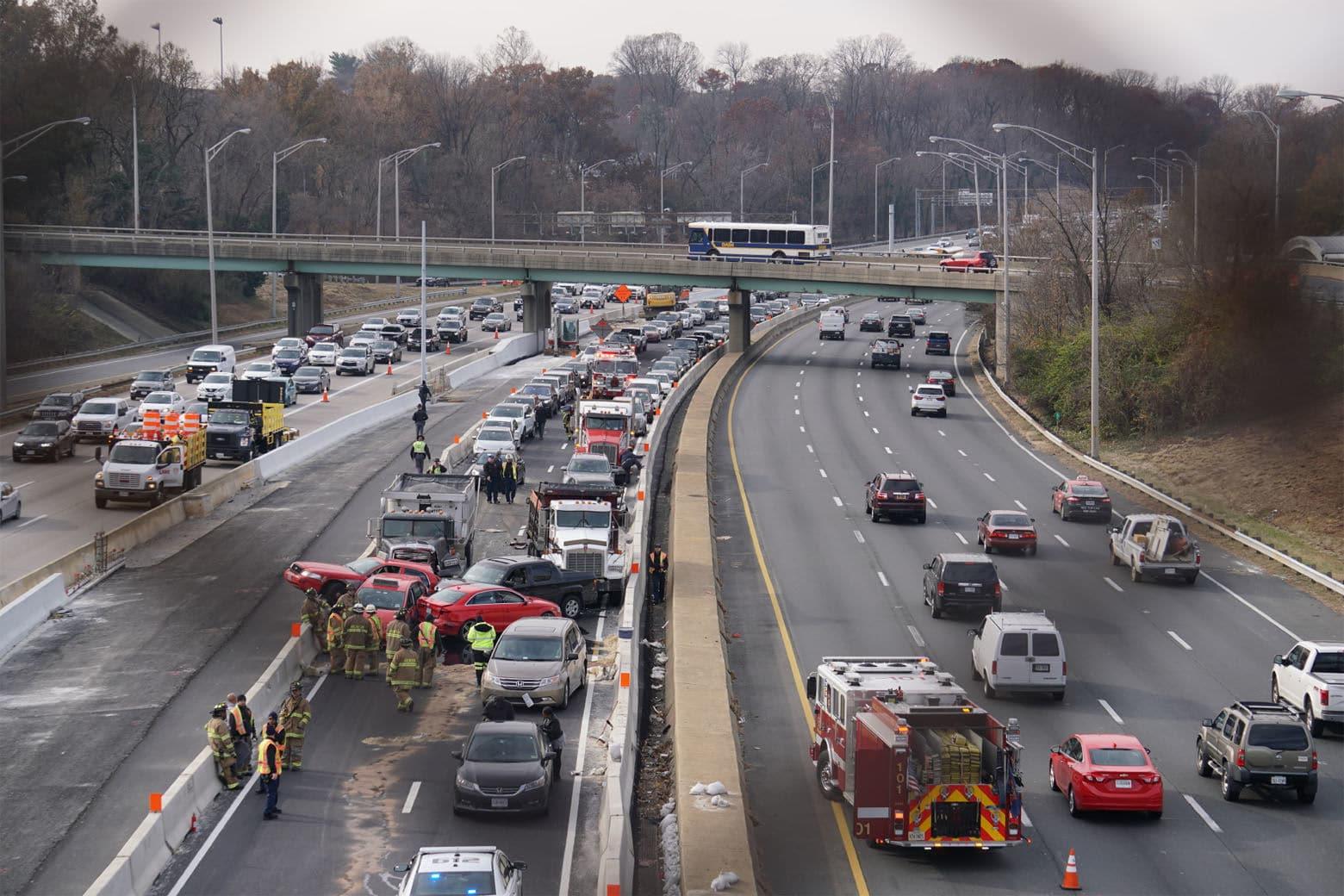HOV lanes in Shirlington reopen after 10-vehicle crash on I