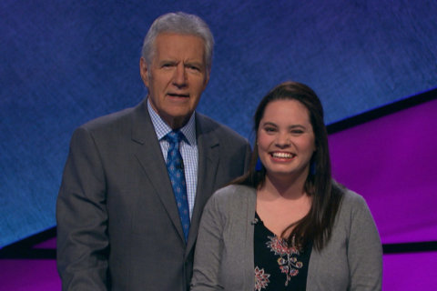 Arlington woman set to compete on Jeopardy New Year's Day