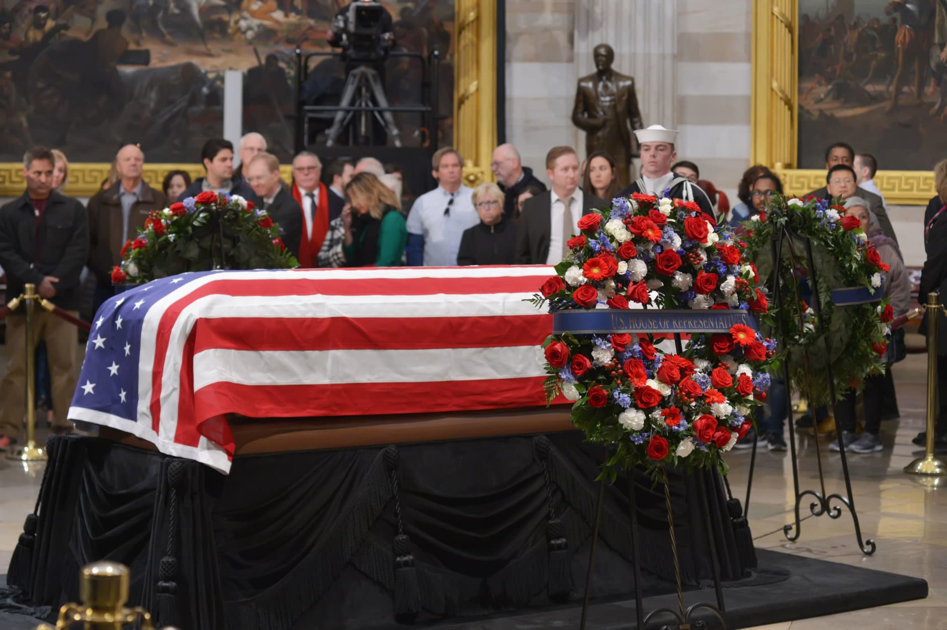 "The 41st President George H.W. Bush lies in state at the U.S. Capitol Rotunda. (Courtesy Shannon Finney/<a href=""https://www.shannonfinneyphotography.com/index"" target=""_blank"" rel=""noopener noreferrer"">shannonfinneyphotography.com</a>)"