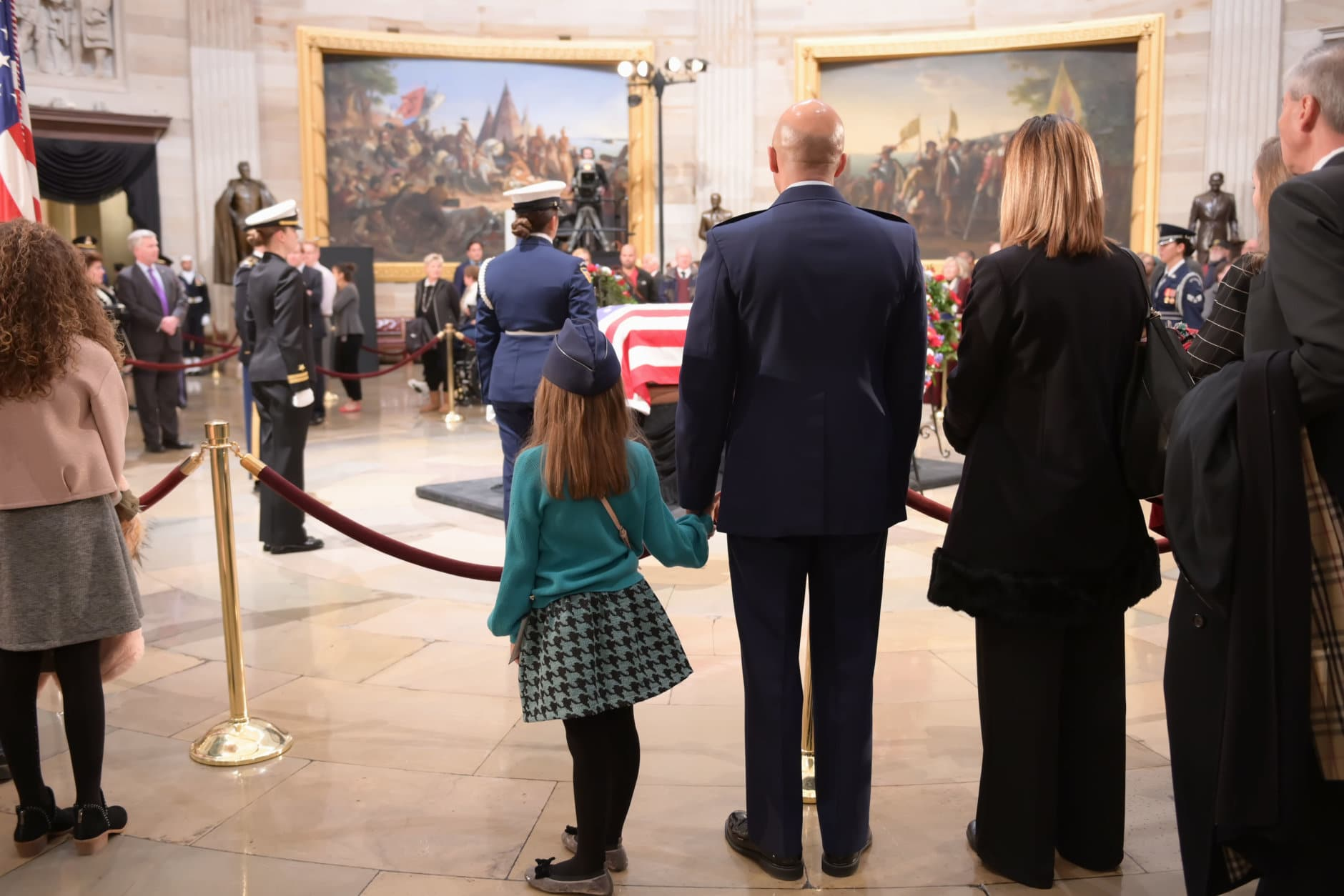 "Visitors pay their respects to 41st President George H.W. Bush. (Courtesy Shannon Finney/<a href=""https://www.shannonfinneyphotography.com/index"" target=""_blank"" rel=""noopener noreferrer"">shannonfinneyphotography.com</a>)"