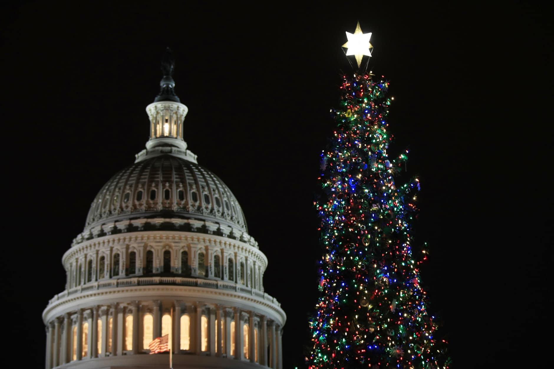 Capitol Christmas Tree.Photos 2018 Us Capitol Christmas Tree Lighting Wtop