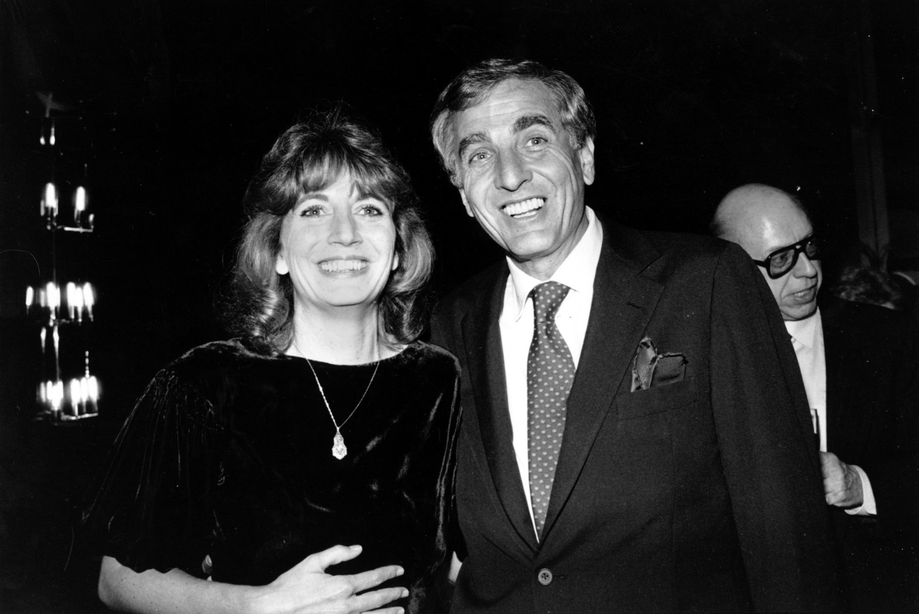 Actress Penny Marshall poses with her brother, producer-director Garry Marshall, in Los Angeles, Ca., Saturday night on Dec. 6, 1982.  They are at a dinner given in honor of Garry Marshall by the Los Angeles Free Clinic for his support.  (AP Photo/Nick Ut)