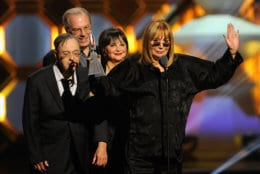 NEW YORK, NY - APRIL 14:  (L-R) Actors David L. Lander, Michael McKean, Cindy Williams and Penny Marshall speak onstage at the 10th Annual TV Land Awards at the Lexington Avenue Armory on April 14, 2012 in New York City.  (Photo by Andrew H. Walker/Getty Images)