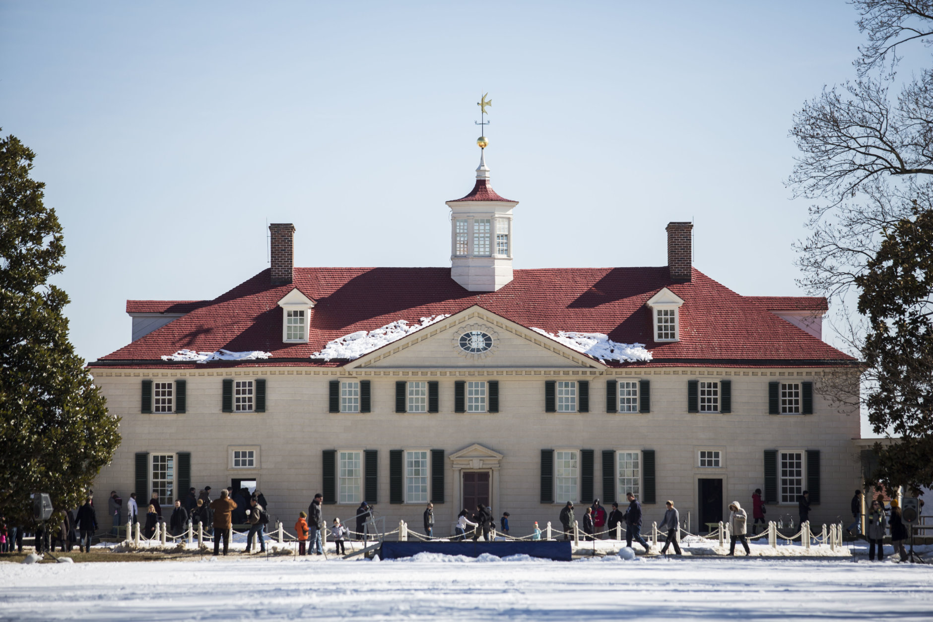 """<p><strong>Buff up on your history</strong></p> <p>Just a short drive outside of D.C. is <a href=""""http://www.mountvernon.org/"""" target=""""_blank"""" rel=""""noopener noreferrer"""">George Washington&#8217;s Mount Vernon</a>, where you can take a tour of the mansion, the grounds and even the first president&#8217;s whiskey distillery. Holiday-themed events includes a behind-the-scenes look at how George Washington&#8217;s Christmas dinner was prepared, chocolate-making demonstrations, candlelight tours and Christmas illumination fireworks Dec. 20 and Dec. 21. See more holiday events <a href=""""https://www.mountvernon.org/plan-your-visit/tours-activities/christmas-at-mount-vernon"""" target=""""_blank"""" rel=""""noopener"""">on the Mount Vernon website</a>.</p>"""