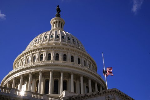 Shutdown 'unnerving, frustrating' for federal contractors