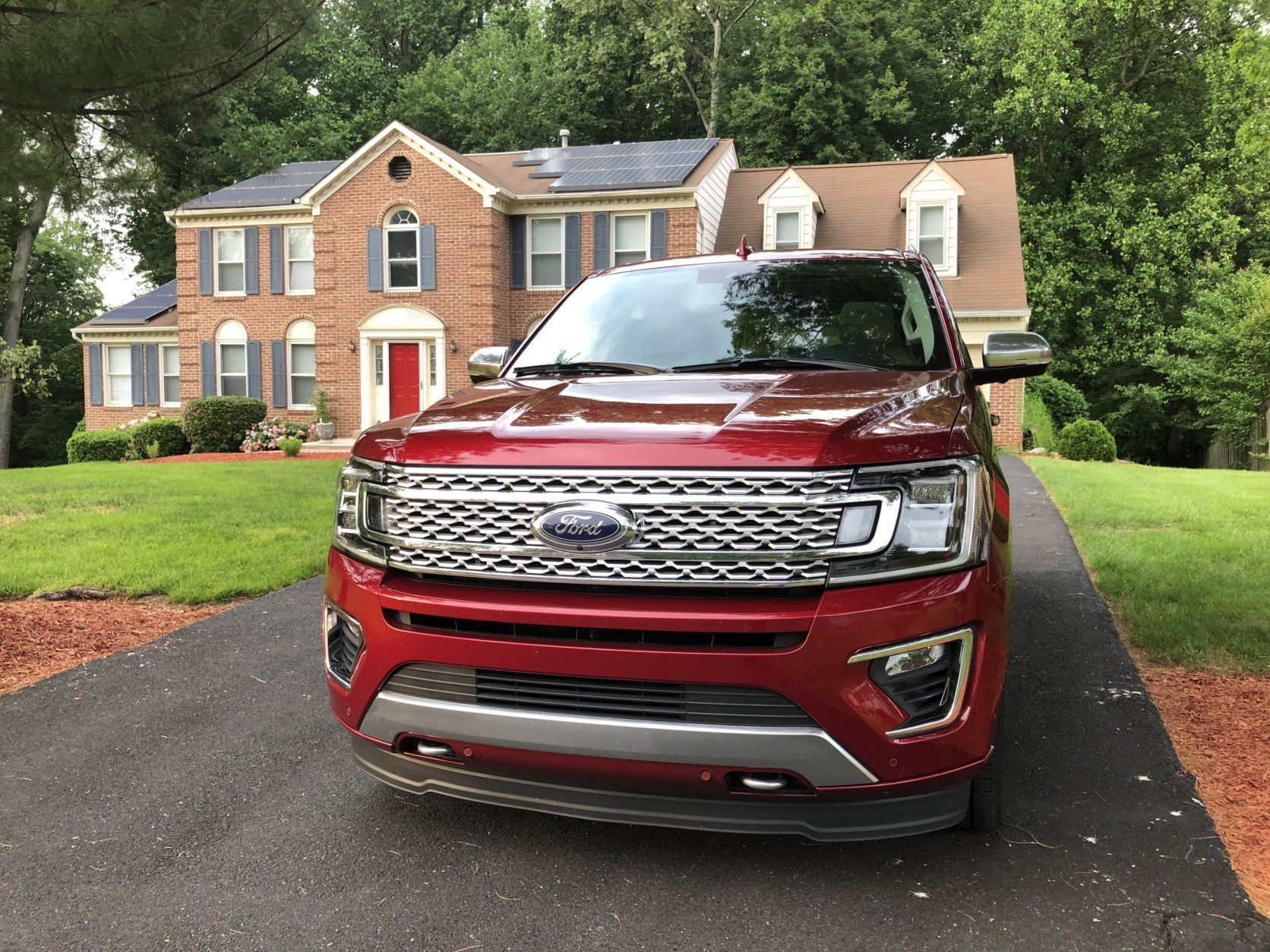 The exterior of the Expedition has SUV-tough looks but with more sophistication than I can remember with the model. (WTOP/Mike Parris)