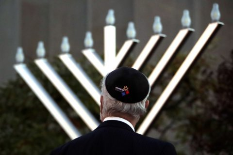 Anti-Semitic papers reported near shooting site, elsewhere