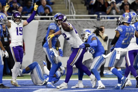 Vikings beat Lions 27-9 to move step closer to playoffs