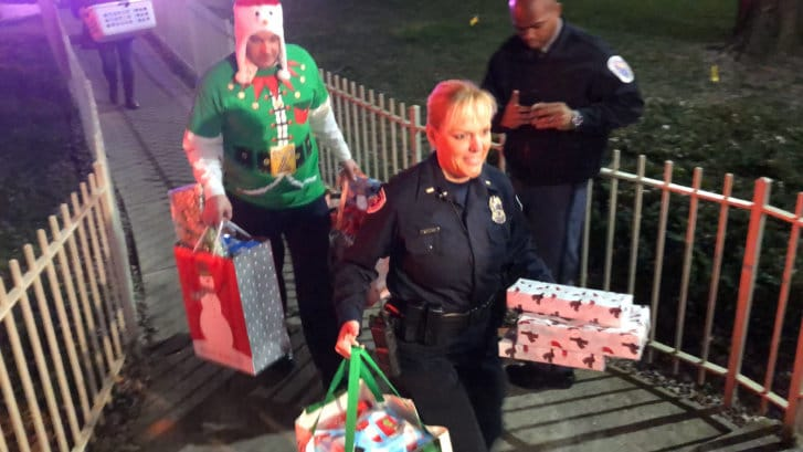 Westlake Legal Group chestang4-727x409 'Twas the night before Christmas: Md. first responders surprise family with gifts twas the night before christmas surprise sophia chestang Prince George's County, MD News police Maryland News Local News Latest News gift