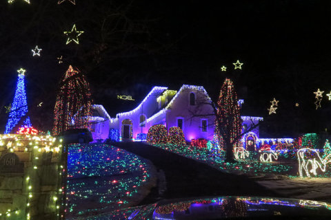 They're lit: Virginia's top Christmas light displays for 2018