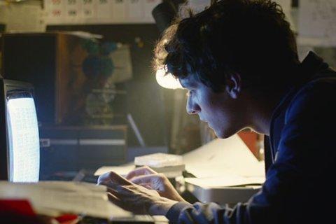 First look: 'Black Mirror: Bandersnatch' movie arrives