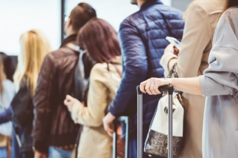 Traveling this holiday season? Here are five ways to de-stress