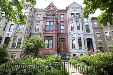 DC lawmaker hopes bill will protect affordable housing and increase tenant protections