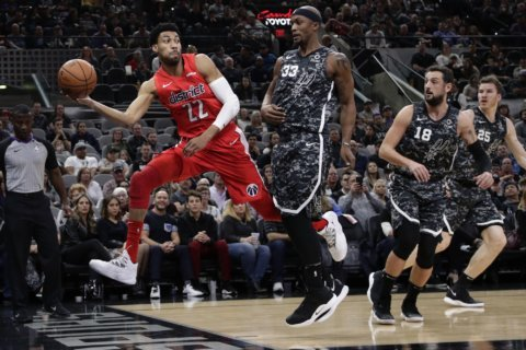Aldridge leads Spurs past Wizards 132-119