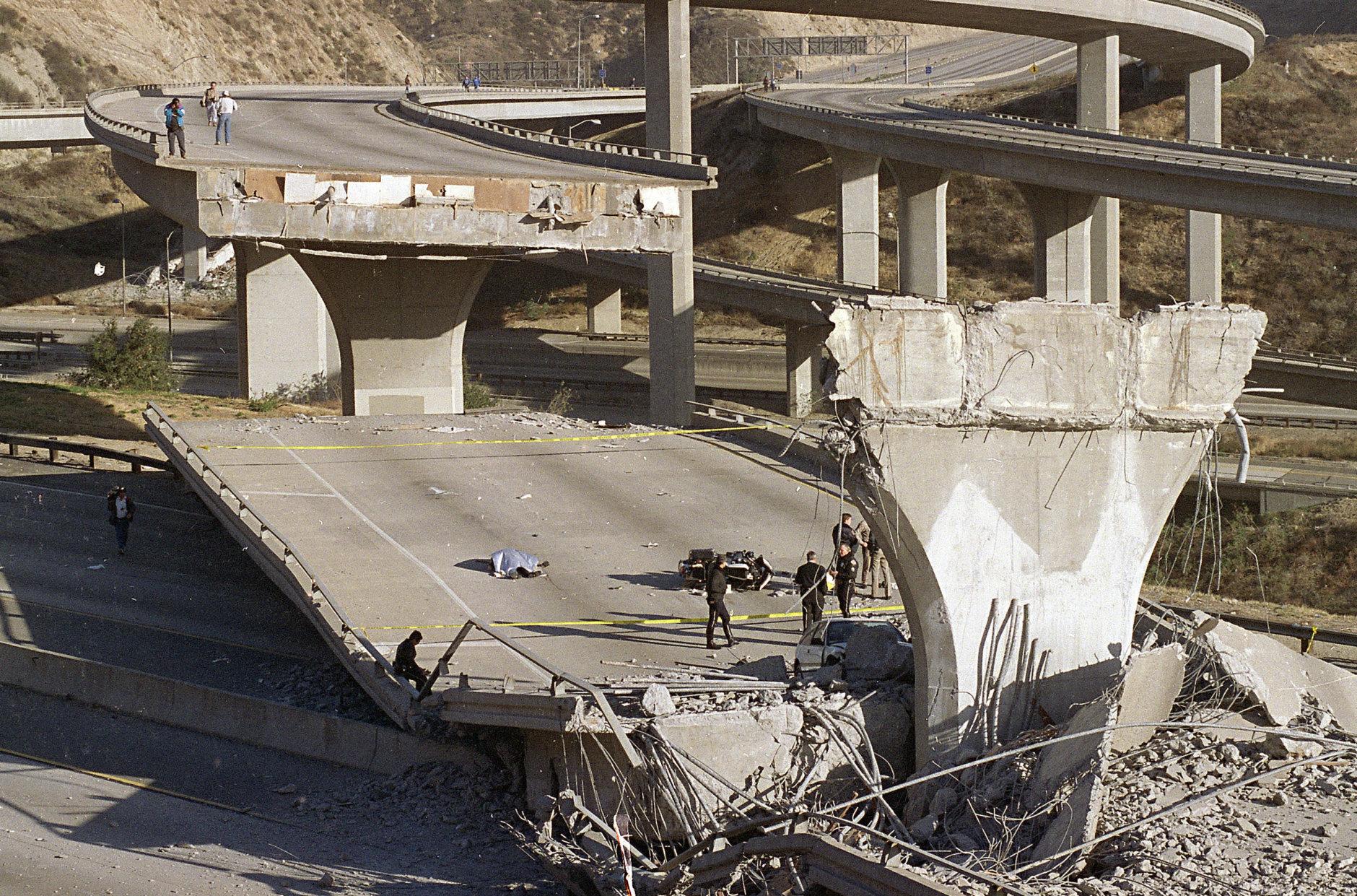Northridge Earthquake Shattered Los Angeles 25 Years Ago Wtop