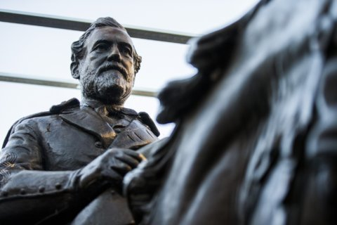 ACLU of Virginia calls for removal of Robert E. Lee statue