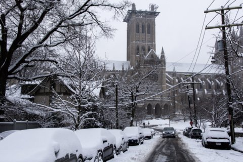 After heavy snow in the morning, ice and sleet will add to Wednesday woes