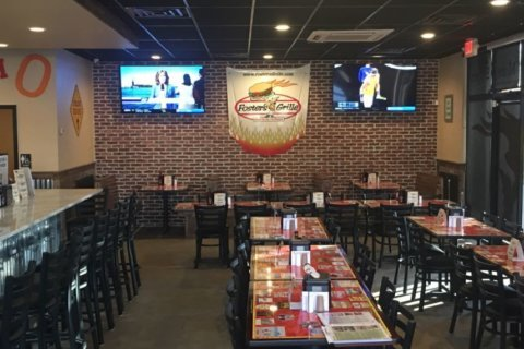 Foster's Grille brings its charburgers to La Plata