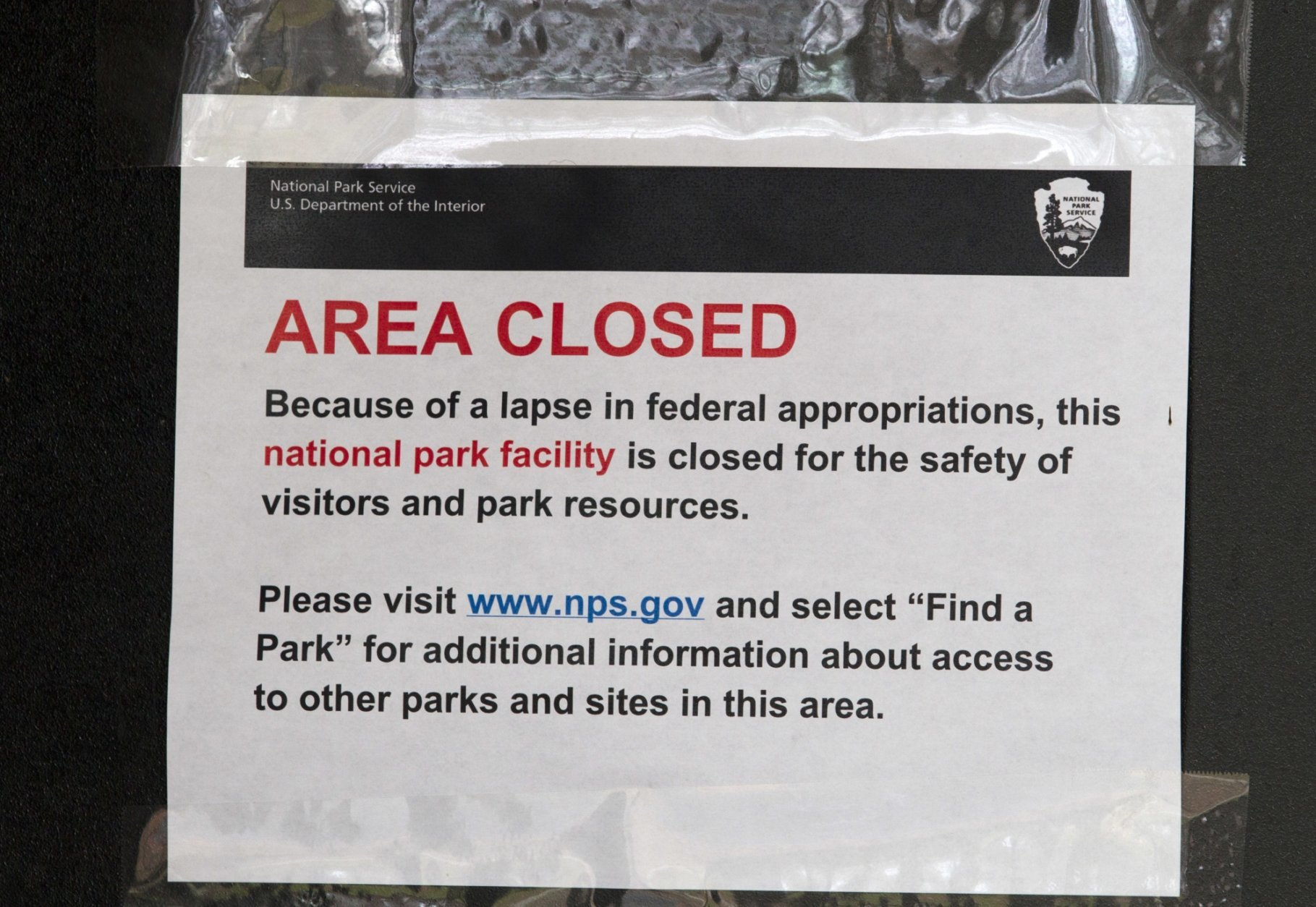 A closed sign is displayed on a door at the Lincoln Memorial in Washington, Tuesday, Jan. 1, 2019, as a partial government shutdown stretches into its third week. A high-stakes move to reopen the government will be the first big battle between Nancy Pelosi and President Donald Trump as Democrats come into control of the House.  (AP Photo/Jose Luis Magana)