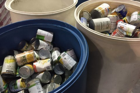 Prince George's Co. food pantries get big donation to help furloughed feds